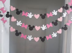10 ft minnie mouse inspired paper garland banner decorations birthday clubhouse black white 2 shades of pink Minnie Mouse Theme, Minnie Mouse Baby Shower, Mickey Mouse Clubhouse, Minnie Mouse Birthday Decorations, Minie Mouse Party, Disney Party Decorations, Mickey Mouse Desserts, Decoration Minnie, First Birthday Parties