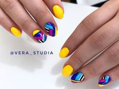30 Yellow Nail Art Ideas for short nails