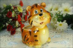 Adorable Little Vintage Porcelain Tiger by HappyGalsVintage