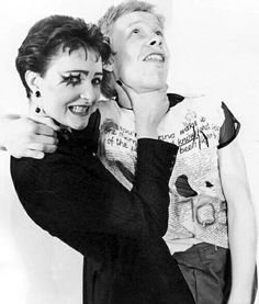 (^o^) A young Siouxsie Sioux and Sex Pistols Paul Cook (1976