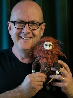 Fabulous #PeterHambleton AKA #Gloin #TheHobbit I know your Knitted Designed you requested has gone to a good home. Thanks for this amazing photo you did and sent to me