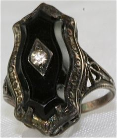 VINTAGE ART DECO STERLING SILVER BLACK RING SIZE 3.5