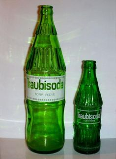 """ kiabálták még a poharak is a reklámban! /// Almost everyone loved and drank Traubi Soda in Hungary that time"