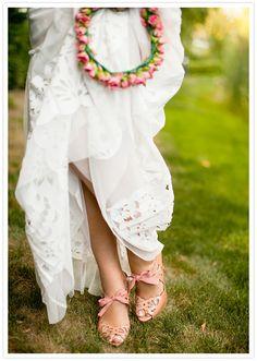 coral eyelet heels and rose crown