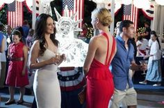 Victoria Grayson in Herve Leger and Emily's awesome red dress. Fabulous outfits for a 4th of July party