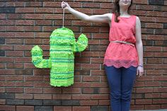 Snowdrop and Company: DIY Cactus Piñata - PARA A BASE DO PINTO!