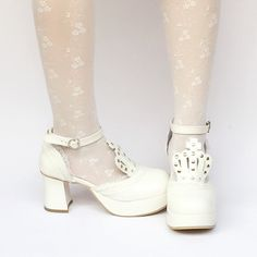 98a0e99f00f Custom Made White Crown Princess Platform Shoes SP168283