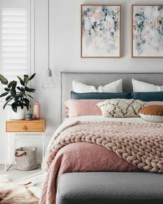 Cocooning bedroom decor – discover the Scandinavian hygge with our 63 inspiring photos - Cocooning bedroom decor – discover the Scandinavian hygge with our 63 inspiring photos - Bedroom Decor For Teen Girls, Room Ideas Bedroom, Home Bedroom, Girl Bedrooms, Teen Bedroom, Bedroom Designs, Bedroom Colour Palette, Suites, New Room
