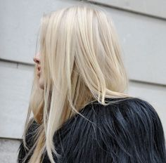 perfect buttery blonde blow-out