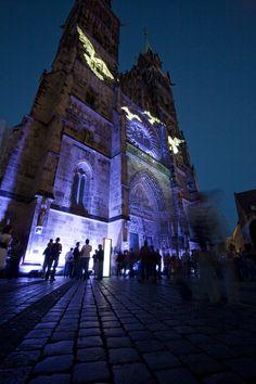 Lorenzkirche bei der Blauen Nacht / St. Lawrence Church in Nuremberg during the Blue Night