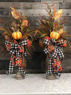 Autumn Decorating, Pumpkin Decorating, Fall Flower Arrangements, Floral Arrangement, Fall Mantle Decor, Fall Flowers, Fall Wreaths, Fall Pumpkins, Thanksgiving Decorations