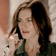 Hayley The Originals, Vampire Diaries The Originals, Phoebe Tonkin Gif, Serie Vampire, Winchester, 1 Gif, Original Vampire, Sexy Gif, Ian Somerhalder