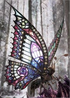 A gothic Steampunk Butterfly. Why not in miniature. The Gothic Butterfly by David Aguirre Art Nouveau, Stained Glass Art, Mosaic Glass, Art Papillon, L'art Du Vitrail, Steampunk Kunst, Gothic Steampunk, Steampunk Wings, Steampunk Cosplay