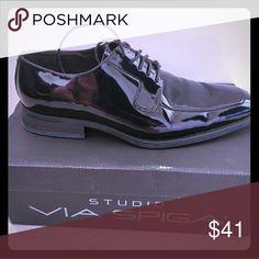 Via Spiga Patent Leather Dress Shoes Via Spiga patent leather dress shoes.   Near new condition. Via Spiga Shoes Loafers & Slip-Ons