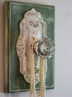 oh so perfect! i love the door knobs at anthropologie now i get to buy them!
