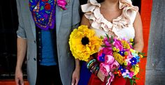 I just couldn't resist featuring this fun Cinco de Mayo inspired photo shoot by Greg Blomberg Photography and Bows and Arrows today. All of the fabulous color popping off the page is just making my Ci. Wedding Pinata, 20 Wedding Anniversary, Fiesta Theme Party, Spanish Wedding, Mexican Style, Wedding Colors, Wedding Inspiration, Bows, Photoshoot