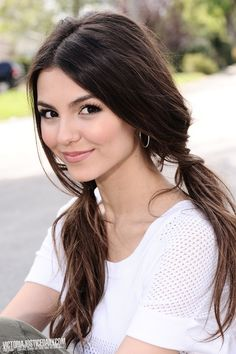 Lihn Cinder played by Victoria Justice Wedding Hairstyles For Long Hair, Braided Hairstyles, Kid Hairstyles, Beautiful Eyes, Gorgeous Women, Beautiful Pictures, Vicky Justice, Photo Portrait, Actrices Hollywood