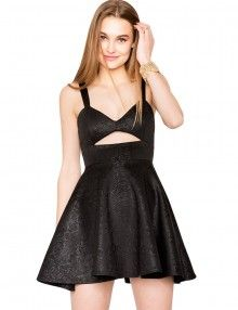 LBD with a cutout, that sexy yet not too revealing at the same time. N<3ndy