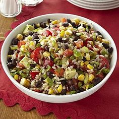 This colorful, south-of-the-border rice salad comes together quickly and features rice tossed with salsa, fresh veggies, lime juice,. Rice Salad Recipes, Brown Rice Recipes, Easy Rice Recipes, Free Recipes, Lunch Recipes, Vegetarian Recipes, Cooking Recipes, Healthy Recipes, Healthy Foods