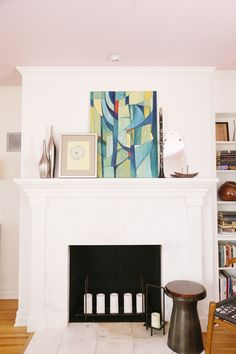 A Living/Dining Room Gets A Mid-Century Makeover - Front + Main Contemporary Design, Modern Design, Pink Ceiling, Cosy Fireplace, Family Room, Home And Family, West Elm, Awesome Art, Vintage Decor