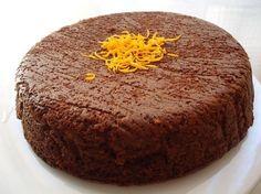 gateau chocolat coiffé d'un zeste d'orange