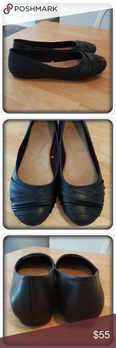 Woman's Black Flats Sz 10W Like New Woman's Black Flats Sz 10W By Croft & Barrow. These Super Cute And Comfy Flats Have Memory Foam Footbeds & Flexible Outsole Worn Once Or Twice But To Big On Me I Needed A 10M Instead. I'll Ship In Box If It Fits Post Office Boxes  PAYPAL  TRADES  OFFERS PRICE IS FIRM ❤ croft & barrow Shoes Flats & Loafers