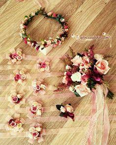 [] # Bling Wedding, Floral Wedding, Wedding Bouquets, Our Wedding, Wedding Gifts, Wedding Flowers, Dream Wedding, Paper Flowers, Diy Flowers