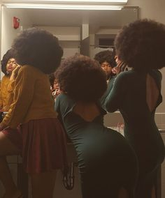 Curly Hair Styles, Natural Hair Styles, Vintage Black Glamour, Beautiful Black Girl, Brown Skin Girls, Black Girl Aesthetic, Black Girls Hairstyles, Black Girl Magic, Pretty People
