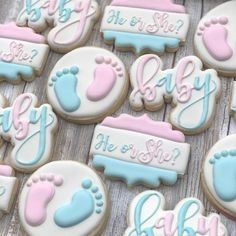 La imagen puede contener: comida Gender Reveal Food, Gender Reveal Cookies, Twin Gender Reveal, Gender Reveal Party Games, Pregnancy Gender Reveal, Gender Reveal Party Decorations, Gender Party, Baby Shower Gender Reveal, Reveal Parties