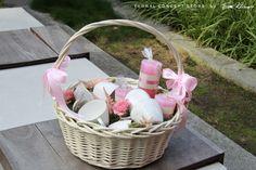 prezenty dla rodziców Wicker Baskets, Paper, Home Decor, Decoration Home, Room Decor, Home Interior Design, Home Decoration, Woven Baskets, Interior Design
