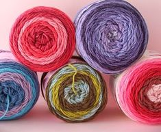 I'm looking at self-striping yarn cakes. this style of yarn is new to me and I was excited to give it a go. Also includes 2 free crochet patterns & review.