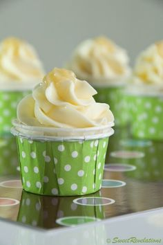 margarita cupcakes....cake, frosting, AND booze. perfect!