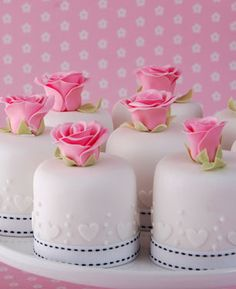 pink rose and hearts mini cakes