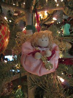 1999 puffy stuffed fabric angel