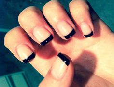 French nail art is always popular! In total there are about a dozen of its varieties, and each variety of options. One of its varieties - a black french nail art designs. It looks very