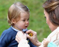 La prima parola della principessa Charlotte pronunciata in pubblico è tutta per il papà