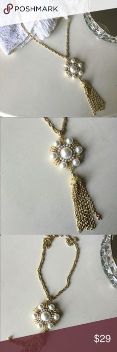 🆕Precious Pearl + Gold Tassel Necklace 🆕 Take your pearls from blah to bold with this beautiful gold tone tassel necklace. A big cluster of faux pearls on the centerpiece create a big statement. So many ways to wear this Pearl beauty! Make an offer or take advantage of my bundle discount! Ask for a custom bundle when buying 3+ items for even bigger savings! 💗🐺😘 Foxarazzi Jewelry Necklaces