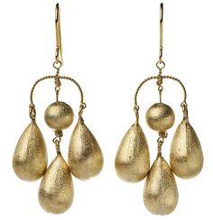// Phillipa Kunisch at Damson Jewellery.