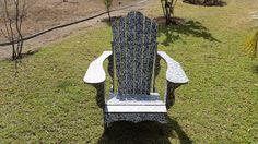 silla tipo adirondack de plastico reciclado o para playa. adirondack chair made with recycled plastic sheets Recycled Plastic Furniture, Recycling, Upcycling, Beach, Furniture, Upcycle