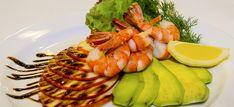 salada de camarao com abacate e maca