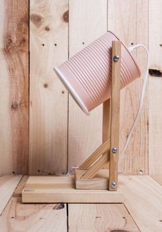 These lamps for apartments are a terrific inclusion to your dream house Diy House Projects, Diy Wood Projects, Woodworking Projects, Woodworking Workbench, Woodworking Classes, Diy Deco Rangement, Luminaria Diy, Tin Can Crafts, Diy Casa