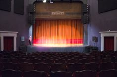 Live at The Historic Everett Theatre Little Theatre, Theatre Reviews, Theater Tickets, Theater Seating, Stand Up Comedy, Live Music, Seattle, Entertaining, Image