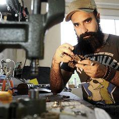 02-11-13 - Léo em entrevista para a Coluna da Adri Buch - Jornal A Notícia de Joinville