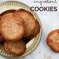Für die Two-Ingredient Banana Coconut Cookies braucht ihr nur Banane und Kokosflocken. Kein Zucker, kein Mehl - einfacher und gesünder geht es nicht!