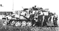 A SdKfz. 251/1 halftrack with 6 mounted 28cm Wurfgerat rockets