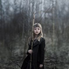 Kind of obsessed with Magdalena Berny's child portraits. Time to start practicing on my niece.