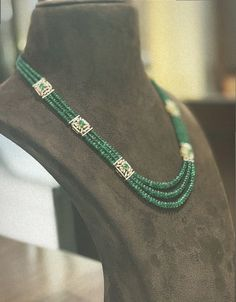 Pearl Necklace Designs, Beaded Jewelry Designs, Beaded Necklace, Agate Jewelry, Emerald Jewelry, Pendant Jewelry, Fancy Jewellery, Gold Jewellery Design, Bridal Jewellery Inspiration