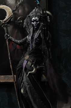 SDCC 2014: Sideshow – Court of the Dead