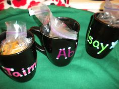Crafty College: DIY: personalized mugs