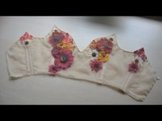 The second part of making my flower fairy dress, this time showing the process of making the bodice! Blog posts with more information: https://doxiequeen1.wo...